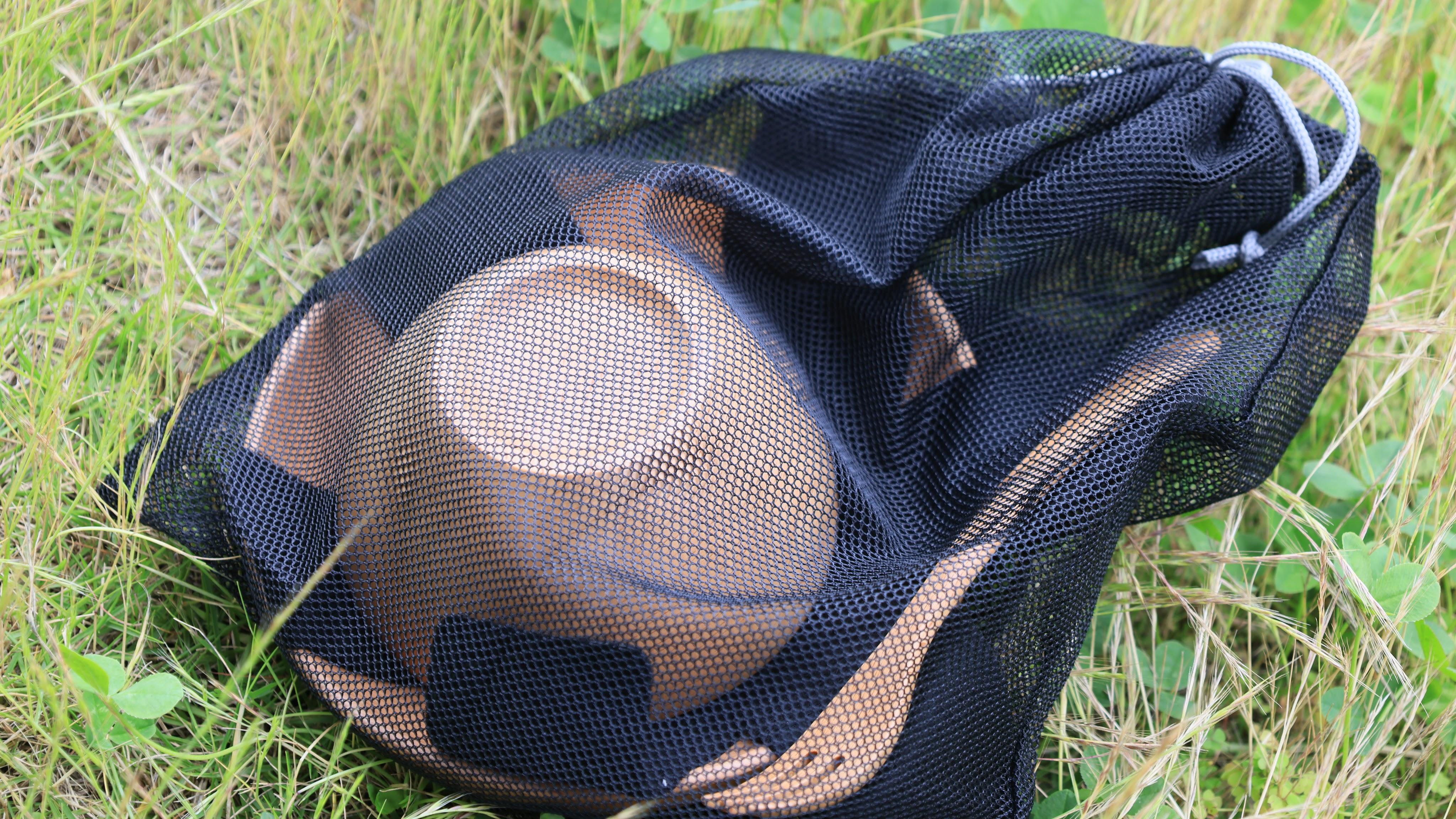 メッシュ巾着で保管する木製食器